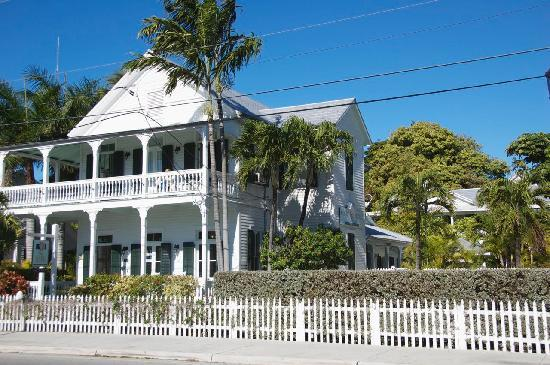 The Conch House Heritage Inn: street side