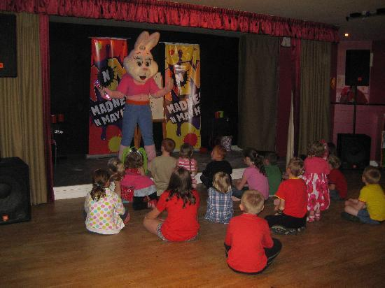 Cresswell Towers Holiday Park - Park Resorts: Madness and Mayhem entertainment