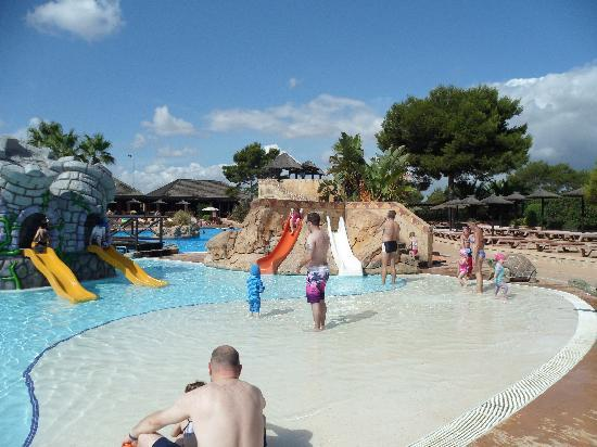 Protur Vista Badia Aparthotel: La Reserva Water park Sa Coma