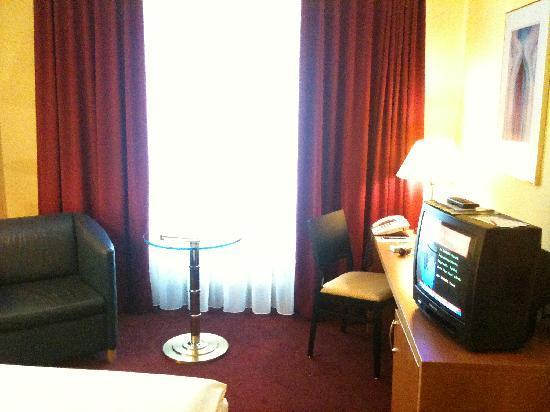 H4 Hotel Residenzschloss Bayreuth: Zimmer