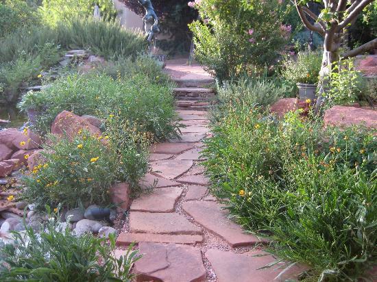 Adobe Village Inn: Fantasy Garden