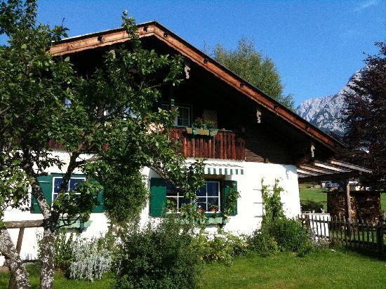 Romantik Hotel Spielmann: chalet annexe au bord de la piscine