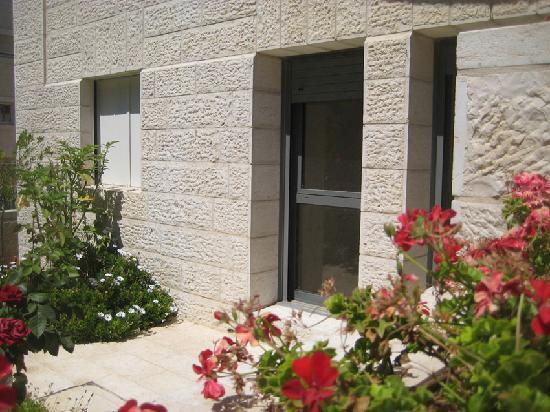Rafael Residence Jerusalem : Garden Apartment