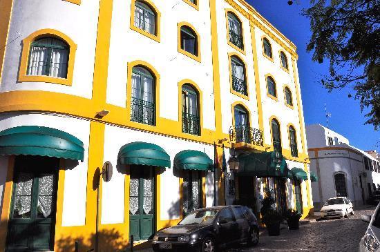 Loule Jardim Hotel: Hotel front