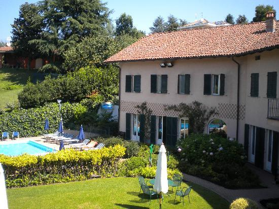 Pecetto Torinese Italy  city photos : Piscina e struttura Picture of Hostellerie du Golf, Pecetto Torinese