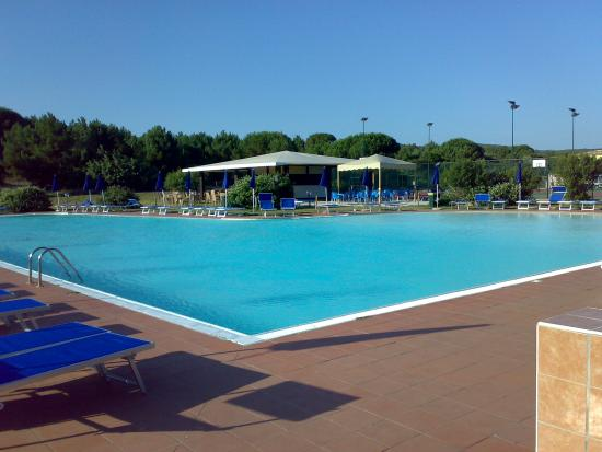 Aglientu, Italy: piscina