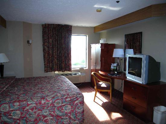 Motel 6 Indianapolis - Airport: Third floor room