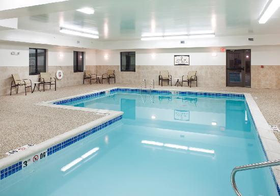 Staybridge Suites Omaha 80th & Dodge: Indoor Pool