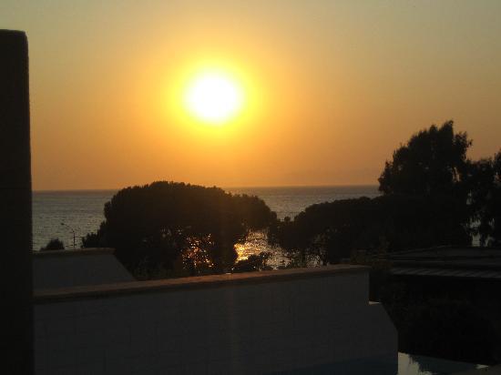 Amathus Elite Suites: sunset