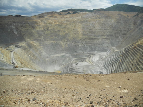 Bingham Canyon, UT: Cool view of the open pit
