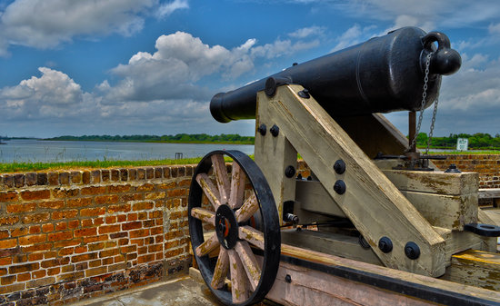 Old Fort Jackson: One of several guns atop the walls