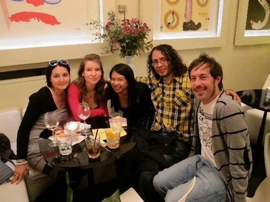Ristorante Angels: new friends