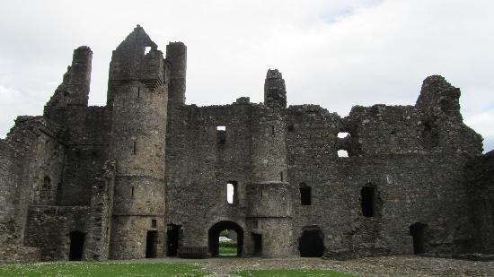 Balvenie Castle Courtyard view