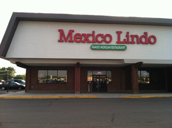 Mexico Lindo: view from the Parking lot.