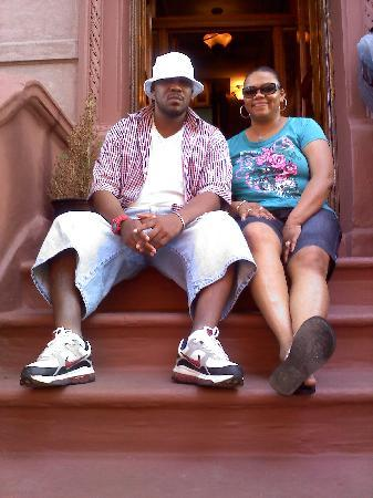 Harlem Bed and Breakfast: my friend and I just outside of the bed & breakfast..people watching