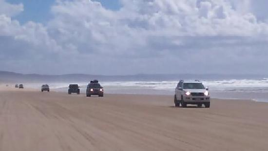 Eurong Beach Resort: Fraser Island Beach - on the way to Eurong
