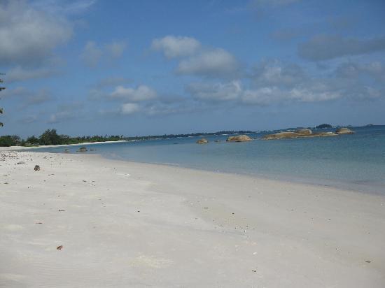 Lorin Hotel & Resort: Beach