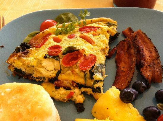 Chocolate Turtle Bed and Breakfast: Frittata at breakfast