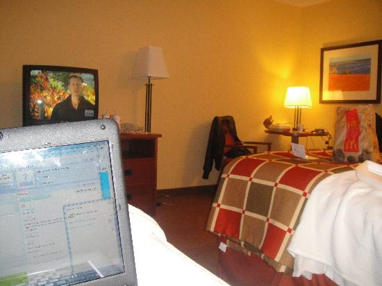 Charlottetown Inn & Conference Center : 2 double bed room
