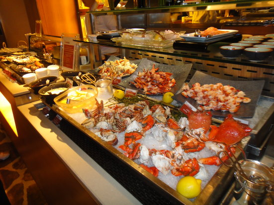 the seaood section of the buffet picture of harbourside restaurant rh en tripadvisor com hk intercontinental hotel hong kong buffet openrice intercontinental hong kong buffet breakfast