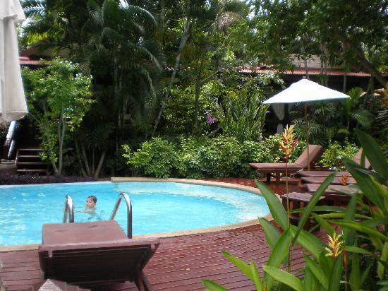 Baan Duangkaew Resort: la piscine