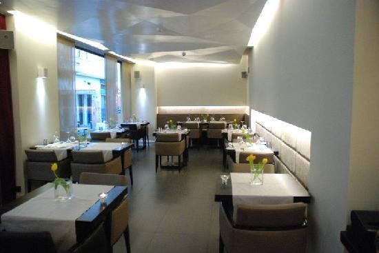 O&B Athens Boutique Hotel: Restaurant