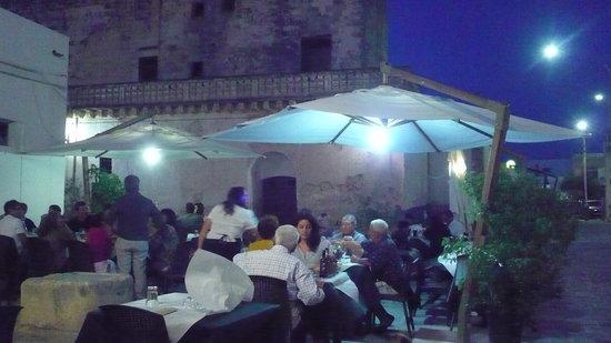 Felline, Italy: esterno del ristorante