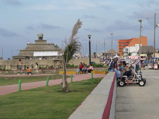 Коатсакоалькос, Мексика: Vista del malecón de Coatzacoalcos