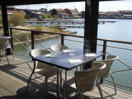Restaurant Ecailler - les Pavois : sur l eau...