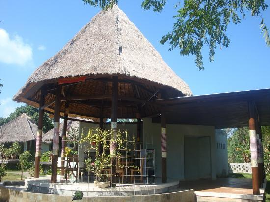 Rigils Lembongan Bungalows: restaurant