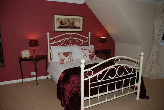 Rowan House Bed and Breakfast