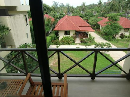 Chor Chang Villa Resort : Balcony