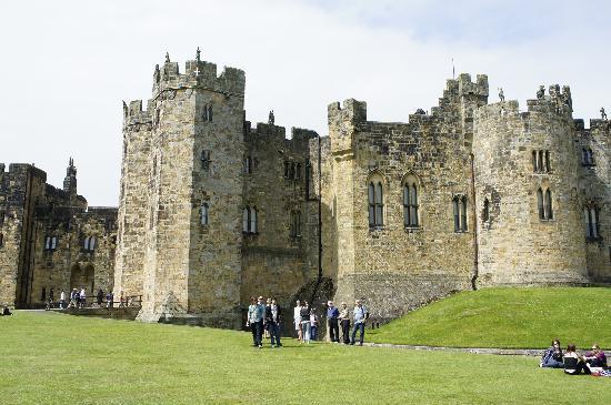 Bilton Barns: Alnwick castle