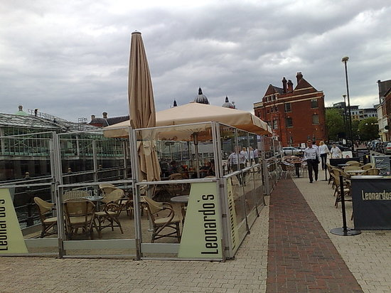 Leonardos: Leonardo's at the Quayside Hull