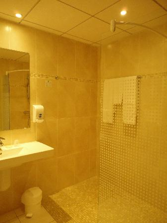 Hotel Restaurant Les Minotiers: room