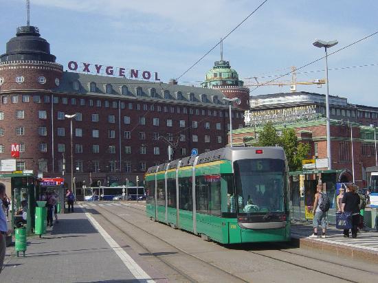 Cumulus Hakaniemi : Tram stop outside the hotel
