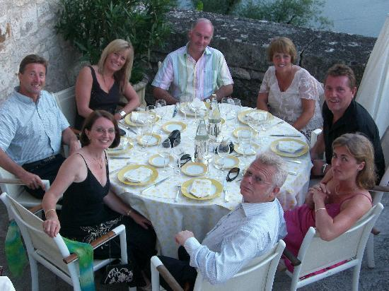 Chateau de la Treyne: ready for another lovely meal