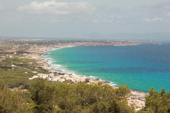 Playa de Ses Illetes: Vista desde un mirador