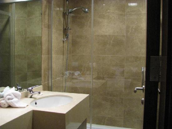 La Maison De Hamra: Bathroom