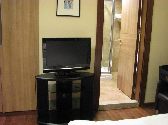 La Maison De Hamra: TV