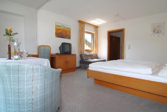 Hotel Park: Doppelzimmer mit Bad bzw. Dusche