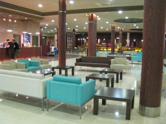 Evenia Olympic Palace: the lobby