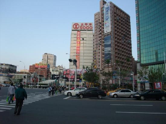 SOGO Kaohsiung: そごう1