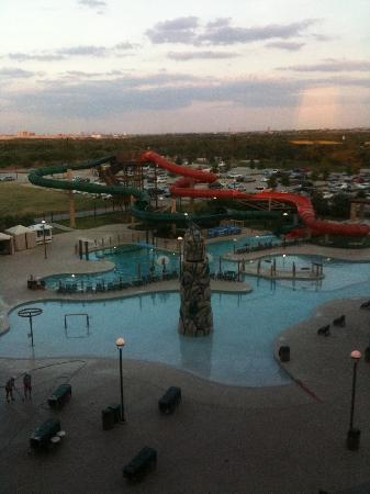 Great Wolf Lodge Grapevine: Outside water park; view from our room