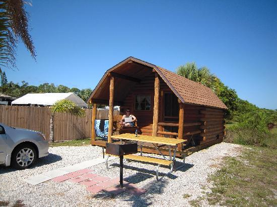 KOA Fort Myers / Pine Island: Our Cabin