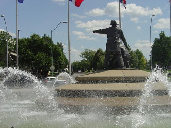 KC Fountains : Firefighters Fountain