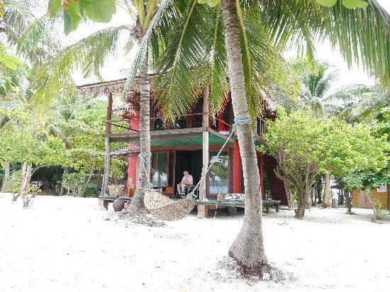 Mangenguey Island: Beach cabin