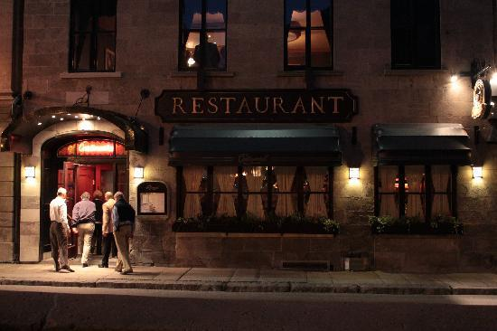 Photo of Le Continental in Quebec City, QC, CA