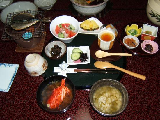Jubei: 朝食 食べ切れないくらいたくさん♪