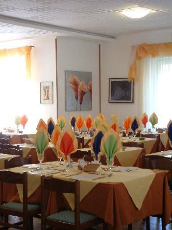 Hotel Angelo: Sala da pranzo dell' Hotel